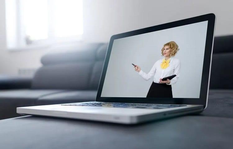 challenges of webinar hosting